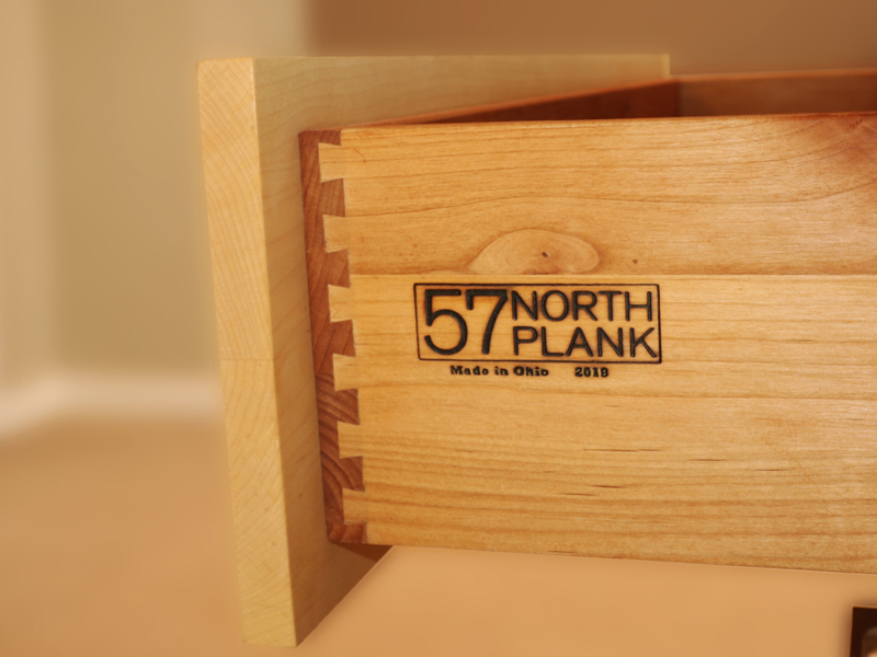 Solid wood dovetail drawer